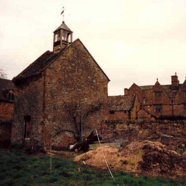 Radway Grange grounds