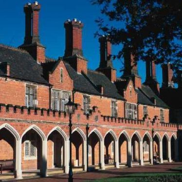 Bedworth Almshouses | Warwickshire County Council