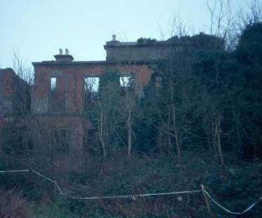 The ruins of Barrells Hall in Ullenhall | Warwickshire County Council