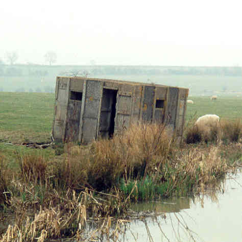 A Second World War pillbox on the Oxford Canal, north west of Priors Hardwick | Warwickshire County Council