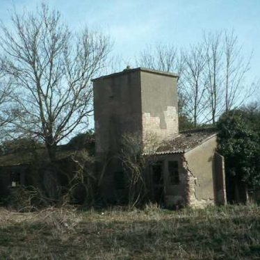 A military building at RAF Warwick, a Second World War airfield | Warwickshire County Council