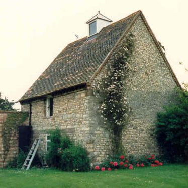 Dovecote in the grounds of the Old Rectory, Ladbroke | Warwickshire County Council