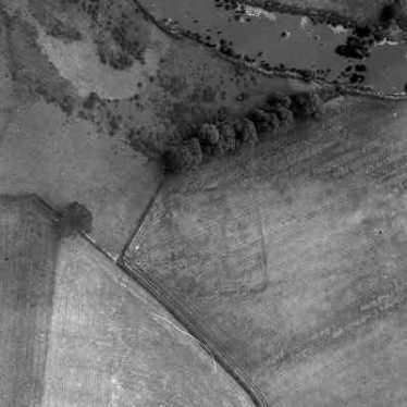 A possible settlement site visible as a cropmark near Wasperton | WA Baker