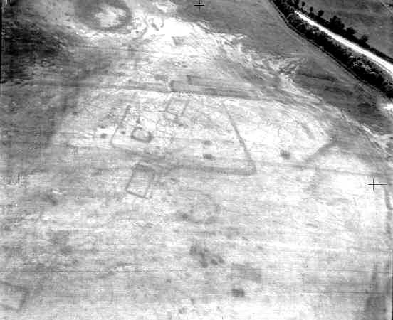 An Anglo Saxon settlement visible as a cropmark north east of Boscobel | WA Baker