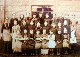 Girls class at Chilvers Coton, late 19th Century. | Image courtesy of Chilvers Coton Heritage Centre