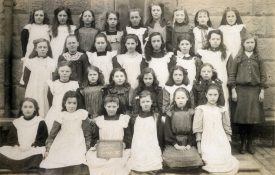 Girls class at Chilvers Coton, early 20th Century | Image courtesy of Chilvers Coton Heritage Centre