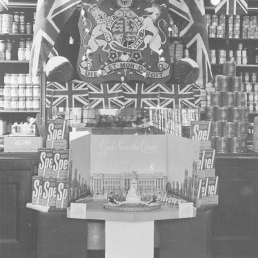 Do you recognise this shop? Could it be The Maypole in Market Place or Attleborough Co-op? Decorated display for Queen's Coronation, 1953. | Image courtesy of Colleen Warren / Nuneaton Memories
