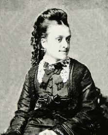 Catherine Agnes Street, wife of Henry Louis Street of 78 West Street Warwick.