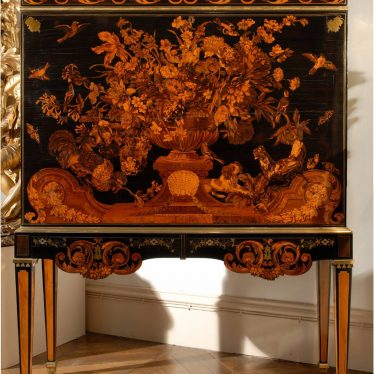 The Warwick Cabinet, by Andre-Charles Boulle, and Mayhew & Ince. | Image courtesy of the Bowes Museum.