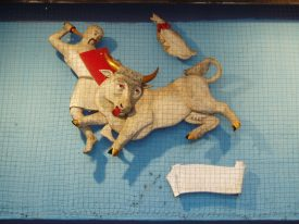 Guy of Warwick slaying the Dun Cow, tableaux in the Bull Yard, Coventry city centre. | Image courtesy of Celia Rees