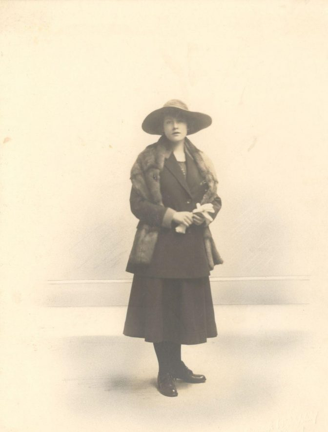 Doris Berry, postmistress of Wolston, c.1900. | Image courtesy of Yvonne Halford