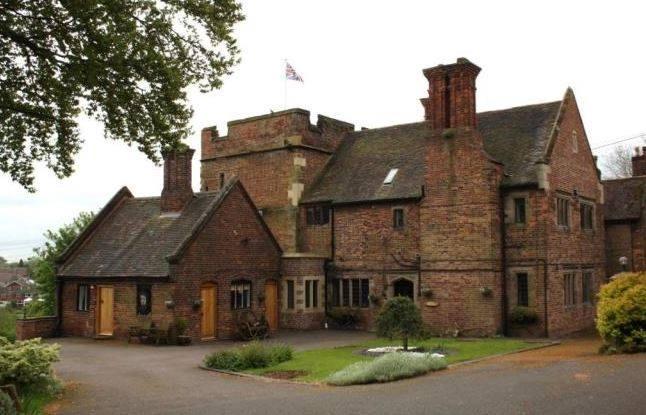 Pooley Hall, Polesworth | Image courtesy of Neville Upton
