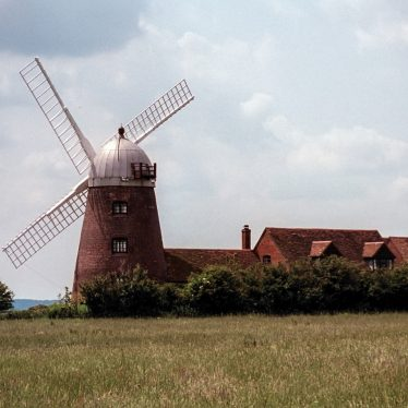 Napton Windmill, Napton on the Hill, Warwickshire | Image courtesy of Simon Hall