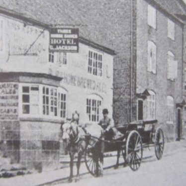 Coleshill. Three Horseshoes Public House, High Street.