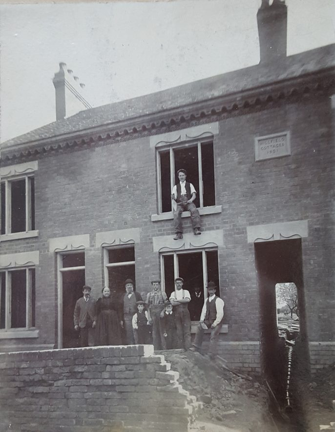 Hartshill. Grange Road, c.1910.   Image courtesy of Pat Rose, supplied by Nuneaton Memories
