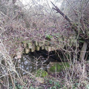 Collapsed bridge, Ditchford Frary, 2017. | Image courtesy of Jon Stiles