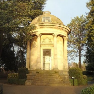 Jephson Memorial, Jephson Gardens, Leamington Spa, December 2017. | Image courtesy of Graham Fowler