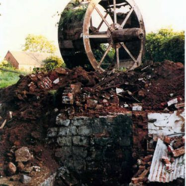 Arley. Daw Mill Colliery Water Wheel | Image courtesy of Brian Aucott, supplied by Nuneaton Memories
