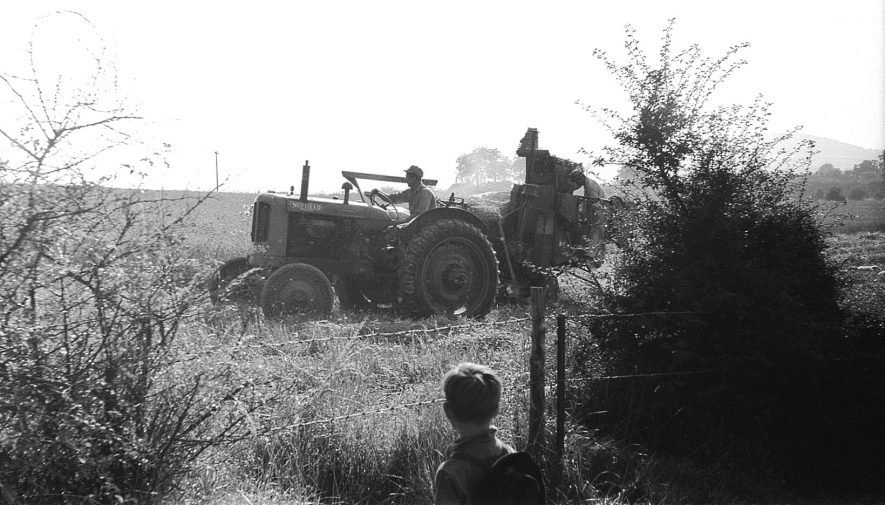 A Nuffield tractor at work south of Rugby in 1963. | Image courtesy of Anthony E. Newman
