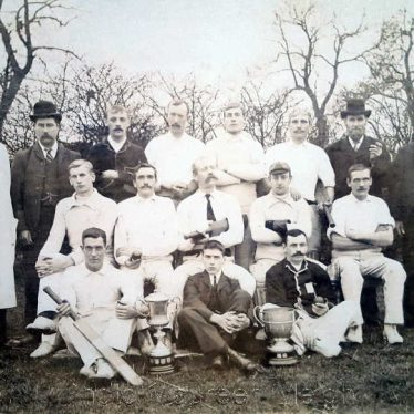 Chilvers Coton cricket team, 1906. | Image courtesy of Maureen Meigh, supplied by Nuneaton Memories