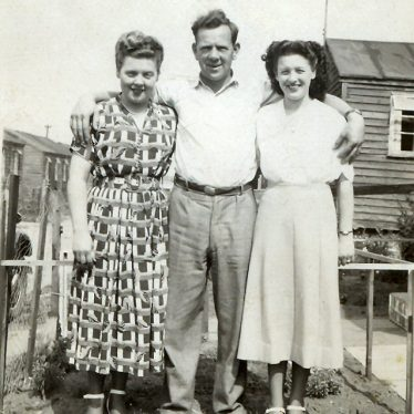 My Grandad in the centre with my Mum on the left. 1950s. | Image courtesy of Ian Burgess