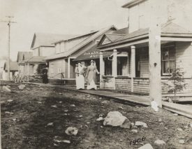 Cobalt 1906. Annie is the woman on the right. | Image courtesy of  Cobalt Mining Museum