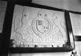 The overmantel / plaque at 23 and 25 Market Place, Warwick, 1969. | Warwickshire County Record Office reference PH(N)600/1969/14851/7