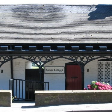 Almshouses, 1-5 Mancetter Road