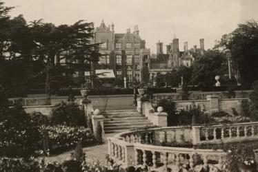 Easton Lodge Gardens: The Spiritual Home of Daisy Countess of Warwick