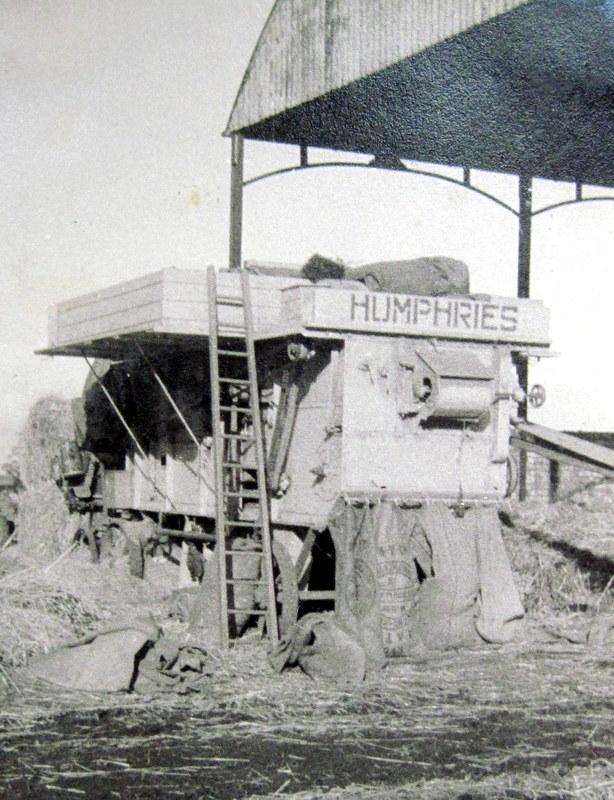 Bidford on Avon. Machinery at Bickmarsh Hall Farm, 1940s. | Image courtesy of Joan Broscomb