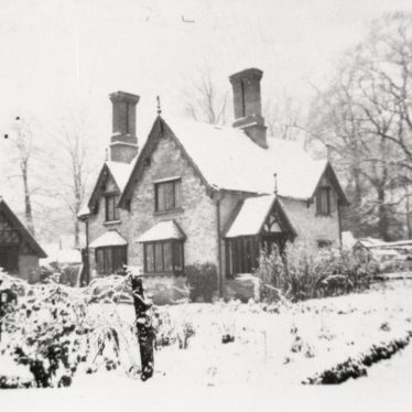 Home Life Around Sherbourne in World War Two