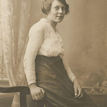 Ladbroke. Dora Baker, 16-17 years old, working in munitions factory. | Image courtesy of Jo Lowrie