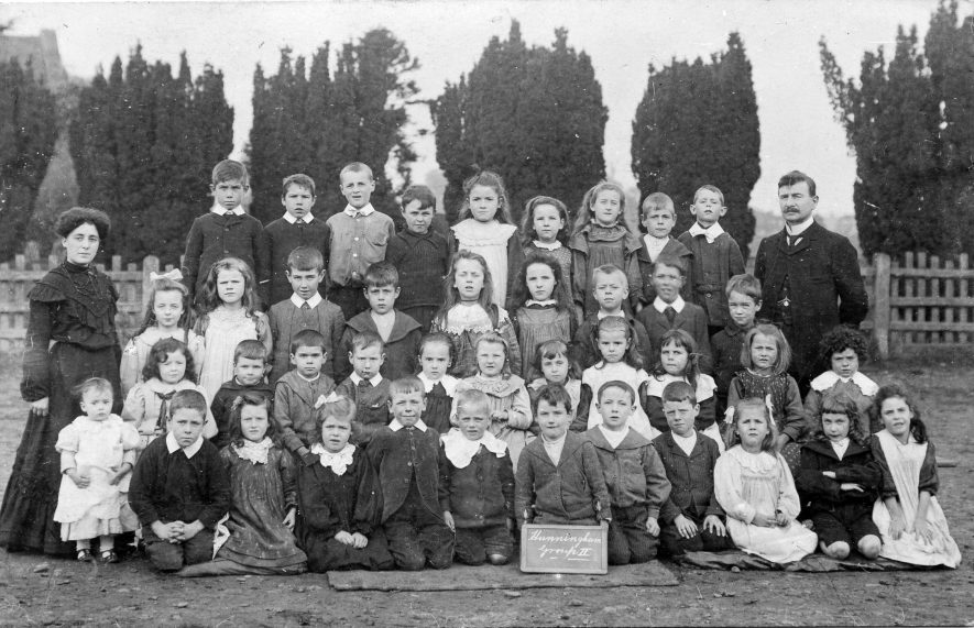 Hunningham. School group, 1890s. | Image courtesy of Pam Taylor