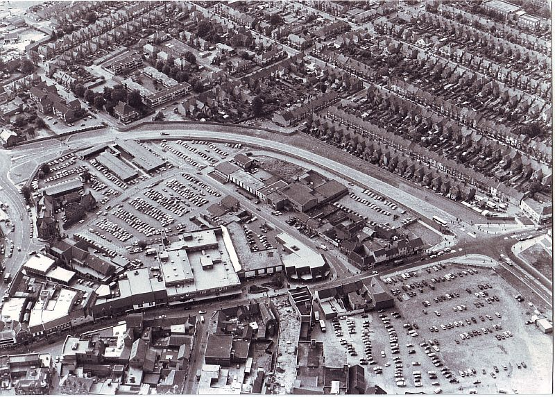 Nuneaton. Town centre. The top car park you see is now Ropewalk Shopping Centre, the other carpark is the Co-op carpark (or as it is officially known, Abbey Street car park) | Image courtesy of Nuneaton and Bedworth Borough Council, supplied by Nuneaton Memories