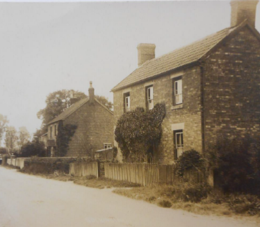 Another unidentified place and building. | Image courtesy of Warwickshire County Record Office