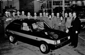 The team responsible for final preparation of the Sunbeam Lotus cars at Chrysler's Humber Road Plant, Stoke, Coventry. | Image courtesy of the Rootes Archive Trust