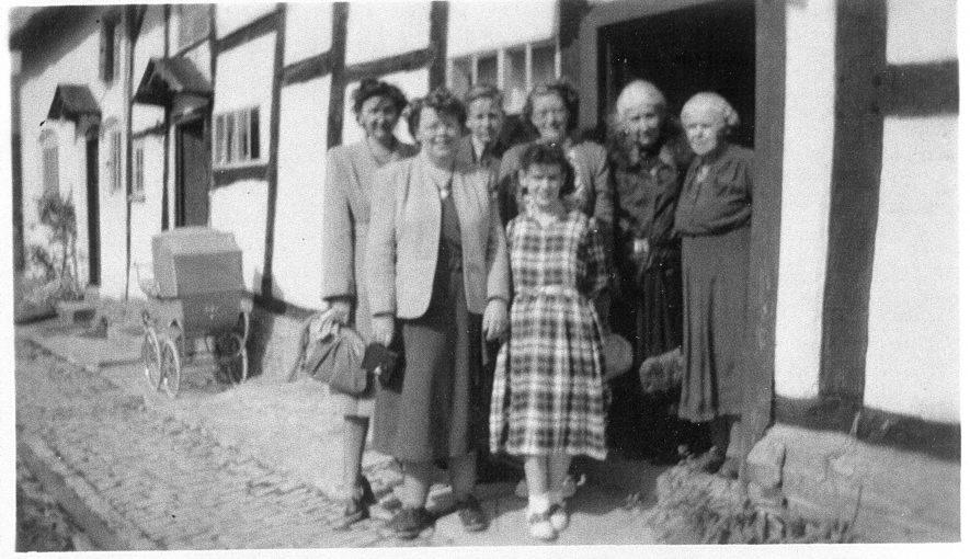3 Sykes Cottage, Chapel Street. Home of Ellen Jane Pope Reid. May 1949. | Image courtesy of Linda Glassman