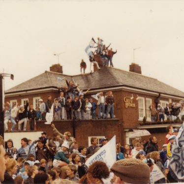 The Wyken Pippin is overloaded with people for Coventry City's victory parade, May 17th 1987. | Image courtesy of Caroline Sampson