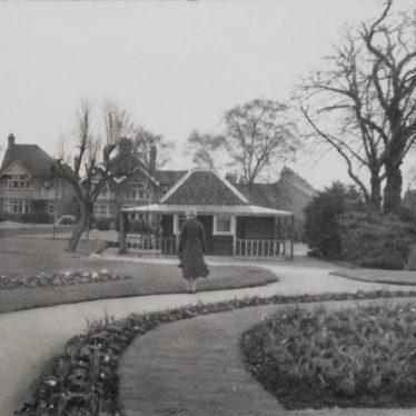 Caldecott Public Park