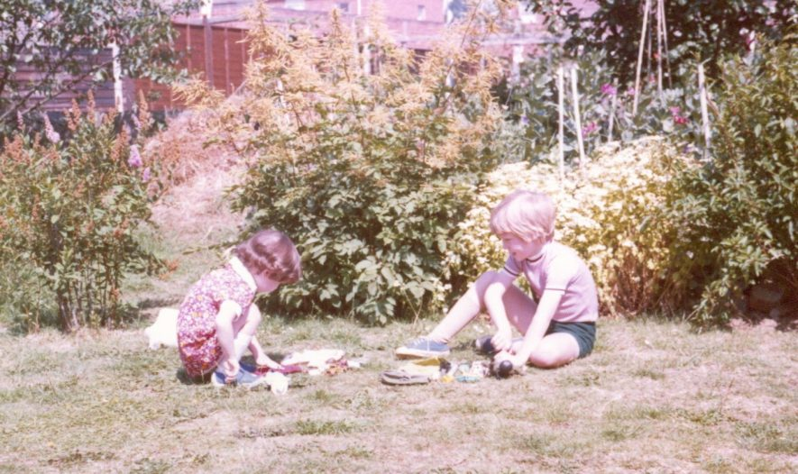16 Starbold Road, back garden. Ian and Emma Wilkinson playing in the early 1980s. The family owned the house from when it was built until 2016. | Image courtesy of Christopher Wilkinson