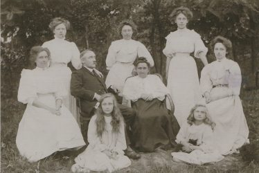 Flecknoe.  Group Photo