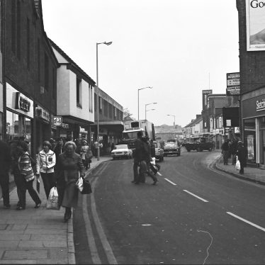 Nuneaton.  Queens Road
