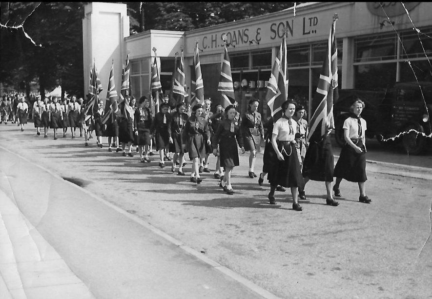 Leamington Spa. Girl Guides | Image courtesy of Gary Stocker