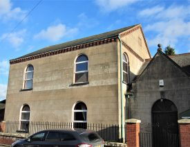 Collycroft former Primitive Methodist Chapel, 2017. Stone chapel with round-headed windows (at 2 levels), brick dentilation and slate roof | Image courtesy of Anne Langley