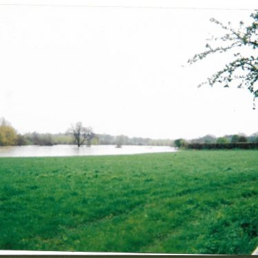Flood across the fields from the bottom of Radford Hill, 1998 | Image courtesy of Gary Stocker
