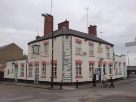 The Hope and Anchor, just before demolition in 2009. | Photo © Keith Williams (cc-by-sa/2.0). Originally uploaded to geograph