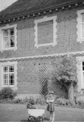Manor House Farm, Wroxall | Image courtesy of ED Graham