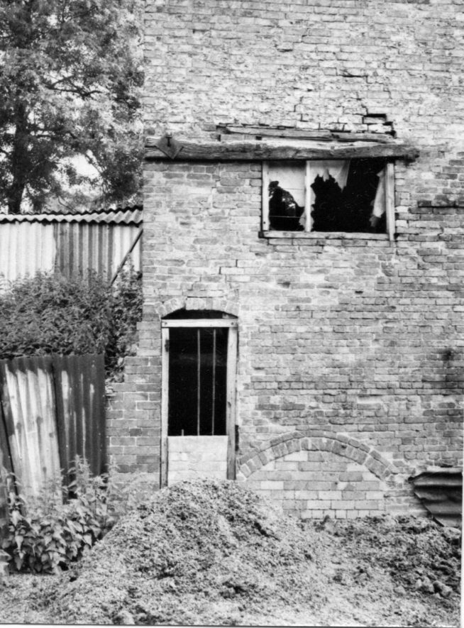 Arbury. Arbury Mill. Access to waterwheel and bricked-up tail arch, July 1971 | Image courtesy of June Booth