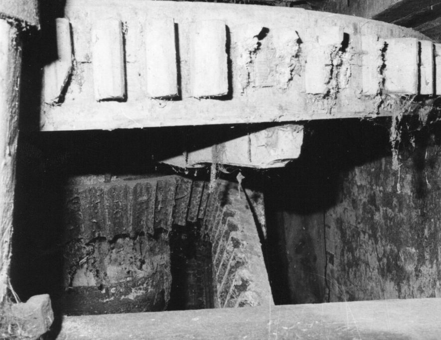 Cherington Mill. Pit wheel, wallower and great spur wheel, March 1970 | Image courtesy of June Booth