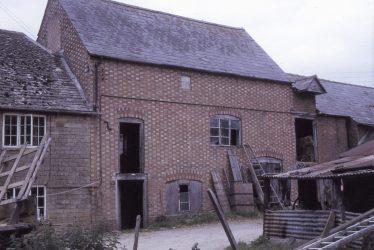Cherington.  Cherington Mill
